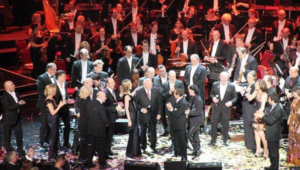 Михаил Горбачев в окружении мировых звезд на концерте в честь своего 80-летнего юбилея в Лондоне