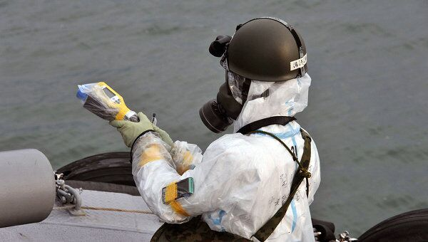 Замер уровня радиации после аварии на АЭС Фукусима