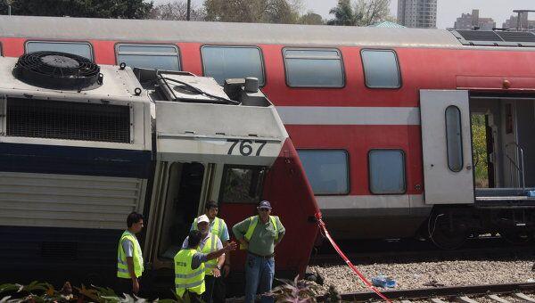 Столкновение двух пассажирских поездов возле курортного города Нетания в Израиле