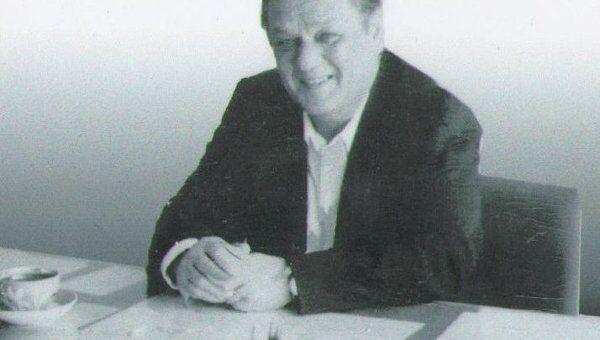 Том Николаев. Архив