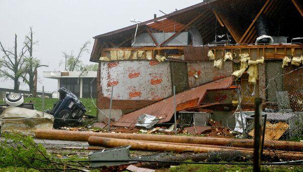 Последствия разрушения в штате Миссури, США