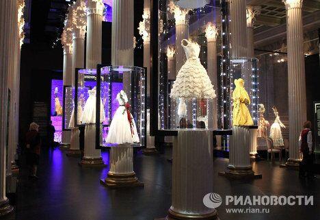 Открытие выставки Диор: под знаком искусства