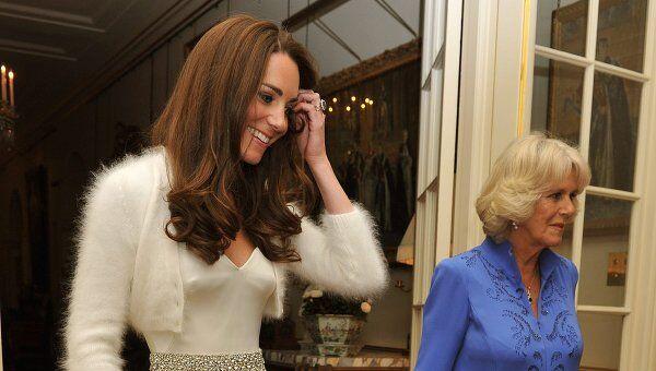 Кэтрин Миддлтон для свадебной вечеринки снова выбрала платье Сары Бертон
