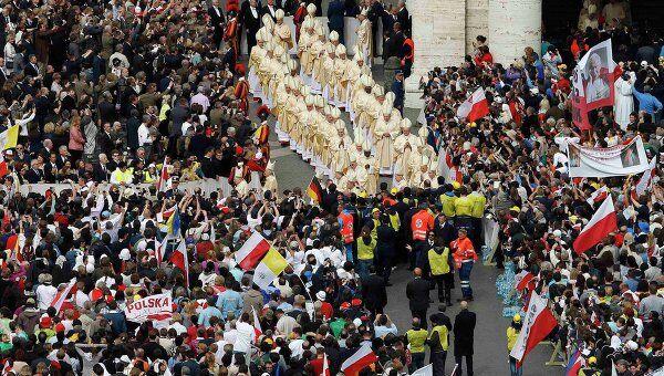 Церемония беатификации папы Иоанна Павла II в Ватикане