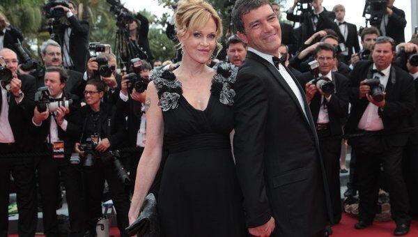 Испанский актер и режиссер Антонио Бандерас с супругной актрисой Мелани Гриффит, архивное фото