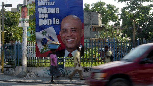 Постер с избранным президентом Гаити Мишелем Мартейи