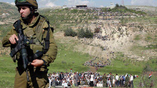 Столкновения палестинских беженцев с израильскими военными на границе