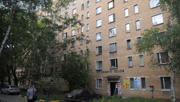 Улица Кубинка, дом 15, где снимала квартиру подозреваемая в убийстве 2-летнего ребенка