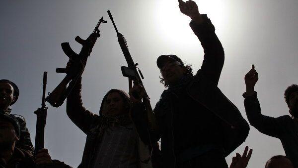 Вооруженные сторонники ливийской оппозиции. Архив