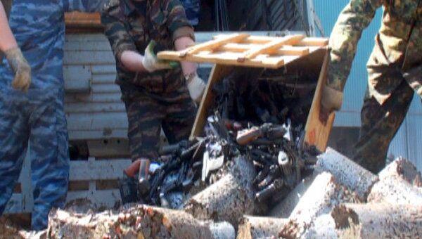 Почти тысячу стволов изъятого оружия расплавили на заводе в Шахтах