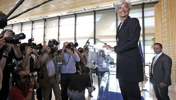 Глава Минфина Франции Кристин Лагард объявила о намерении участвовать в борьбе за пост директора-распорядителя Международного валютного фонда (МВФ)