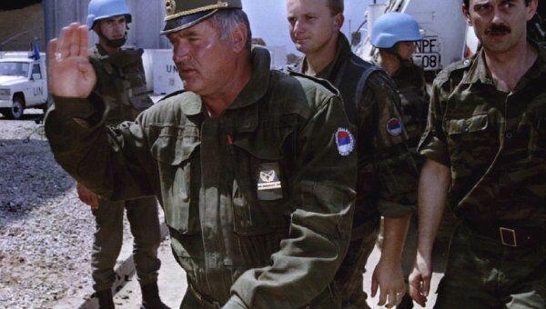 Экс-командующий армией боснийских сербов Ратко Младич, 1993 г.