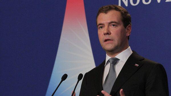 Президент РФ Д.Медведев на саммите Большой восьмерки в Довиле