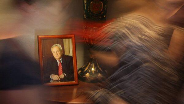 В Сухуми продолжается прощание с Сергеем Багапшем