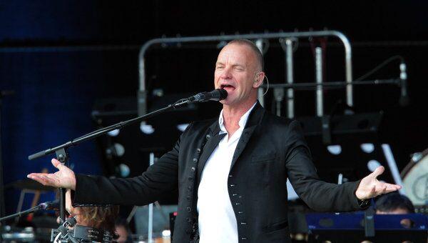 Концерт рок-музыканта Стинга на Дворцовой площади. Архивное фото