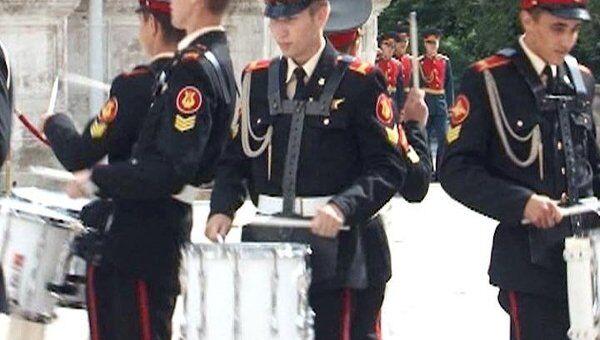 Королевские стрелки Норвегии перенесли демобилизацию из-за Спасской башни