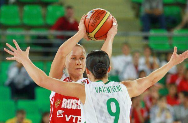 Игровой момент матча Литва - Россия