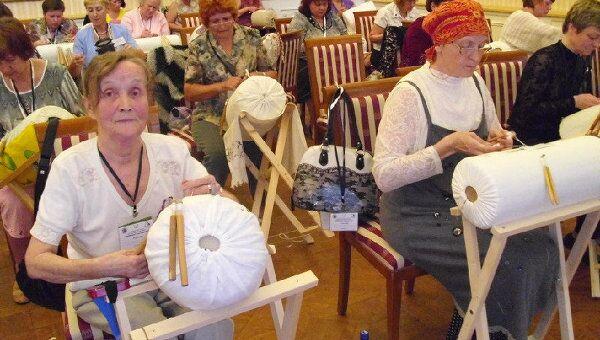 Кружевницы соревнуются в Вологде