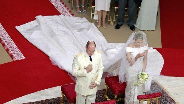 Церемония венчания князя Альбера II и княгини Шарлен в Монако