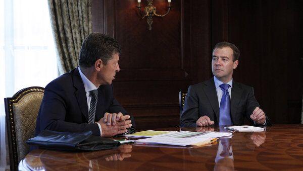 Президент РФ Д.Медведев и Д.Козак во время встречи