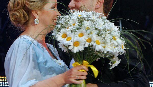 Д. Медведев и С. Медведева на праздничном концерте, посвященном Дню семьи, любви и верности