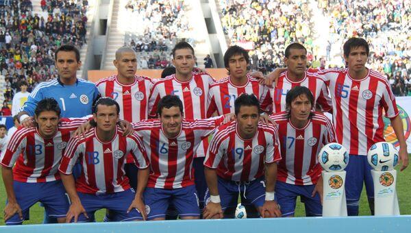 Футболисты сборной Парагвая. Архивное фото