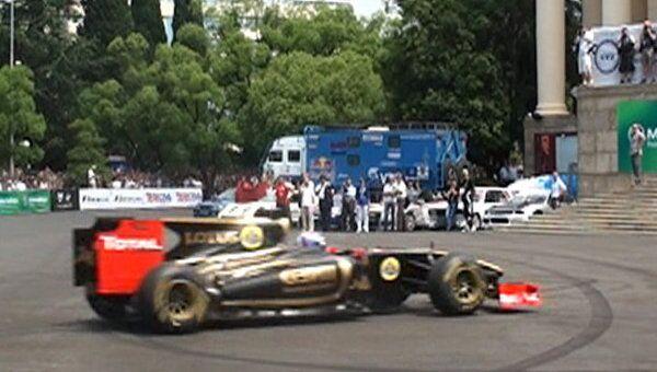 Пилоты Формулы-1 устроили гонки в Сочи