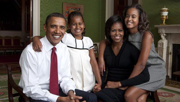 Президент США Барак Обама с женой Мишель и дочерьми. Архивное фото