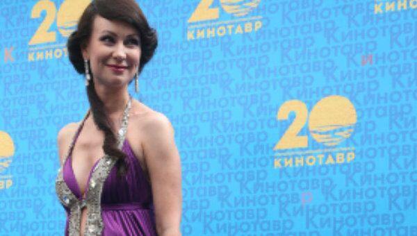 Актриса Нонна Гришаева отмечает 40-летие