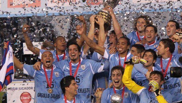 Сборная Уругвая по футболу выиграла Кубок Америки-2011