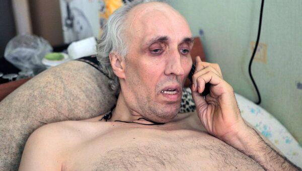 Самый высокий человек России Александр Сизоненко борется с тяжелой болезнью