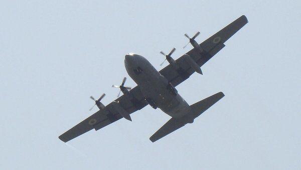 Самолет C-130. Архив