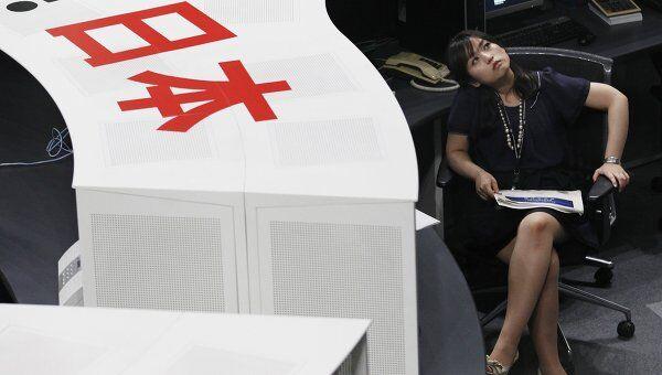 Токийская биржа после выступления министра финансов Японии 08 августа 2011 года