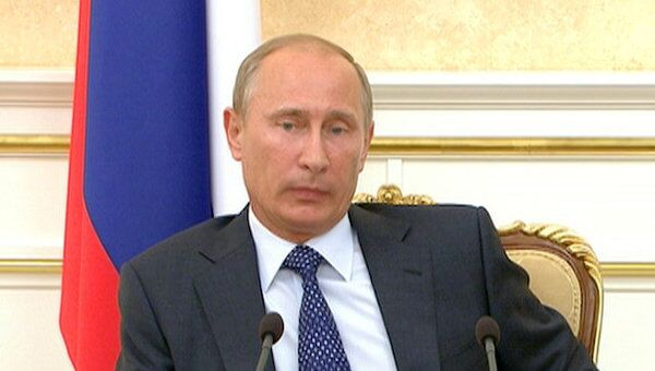Путин призвал чиновников поддержать работу Агентства стратегических инициатив