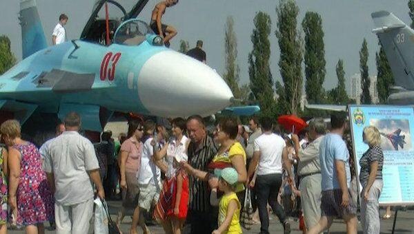 Гражданских пустили в кабины Су-27 и Миг-29  в день 70-летия авиабазы