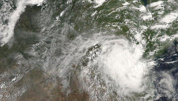 Тропический циклон. Архив