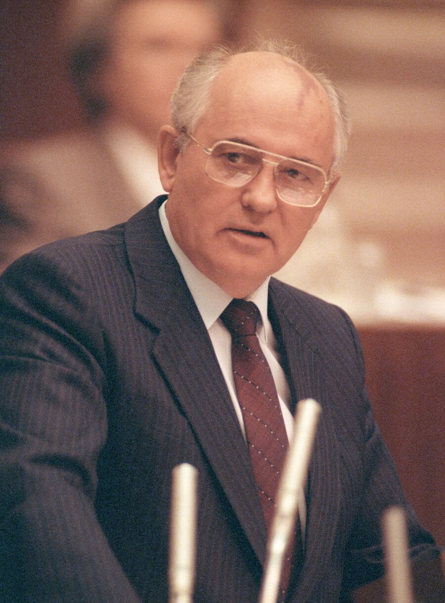 Выступление Михаила Горбачева на сессии ВС СССР. 26 августа 1991