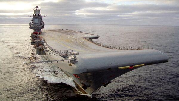 Тяжелый авианесущий крейсер (ТАВКР) «Адмирал Кузнецов». Архивное фото