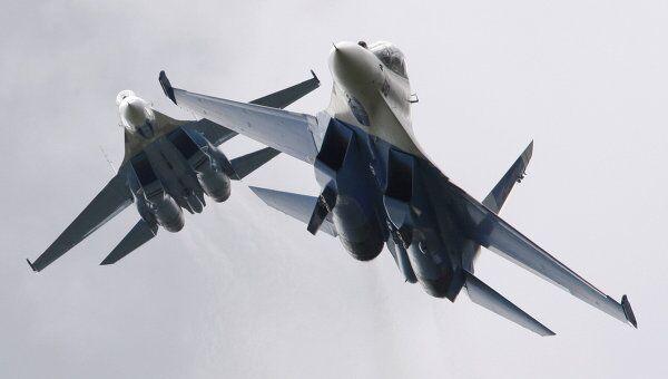 Истребители Су-27. Архив