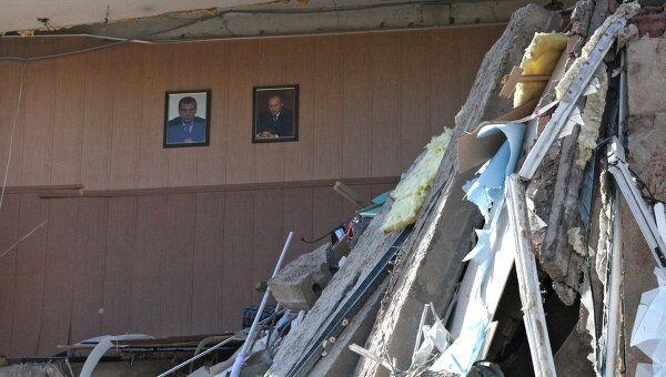 В центре Владивостока обрушилась стена жилого пятиэтажного дома