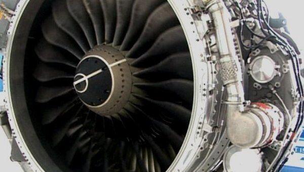 Двигателю самолета Superjet 100 не страшны град, лед и птицы