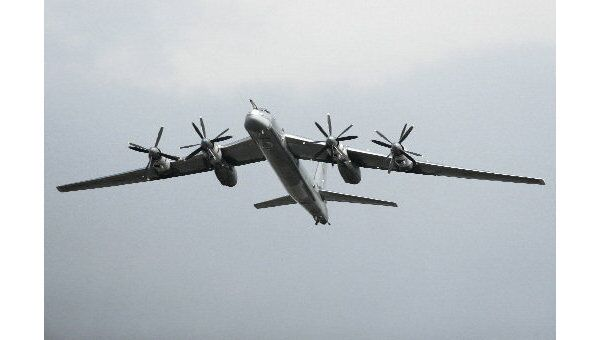 Стратегический бомбардировщик Ту-95 МС. Архив