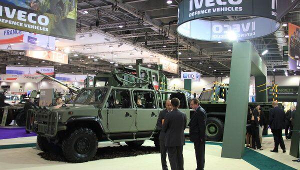 Участники выставки вооружений DSEi в Лондоне