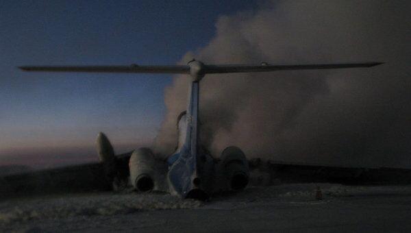 Самолет Ту-154 загорелся в аэропорту Сургута