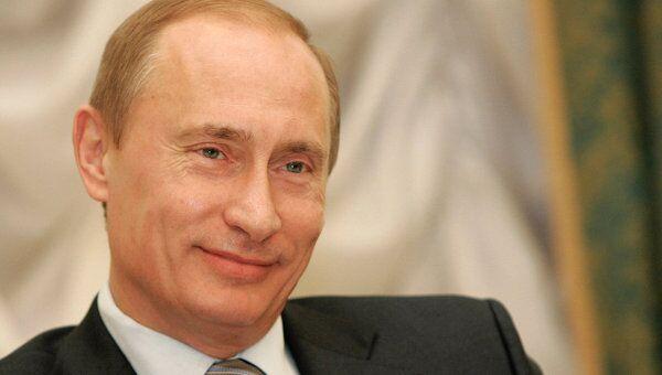 Такие визиты обычно называют молниеносными: в Дании российский премьер Владимир Путин был 26-го апреля неполный день, а на Швецию 27-го отпущено и того меньше.