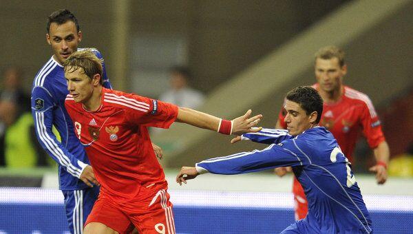 Игровой момент матча Россия - Андорра