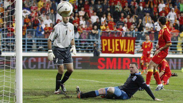 Игровой момент матча Черногория - Англия