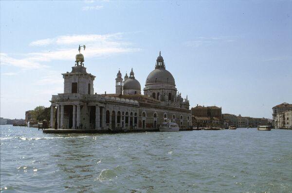 Собор Санта-Мария делла Салюте в Венеции