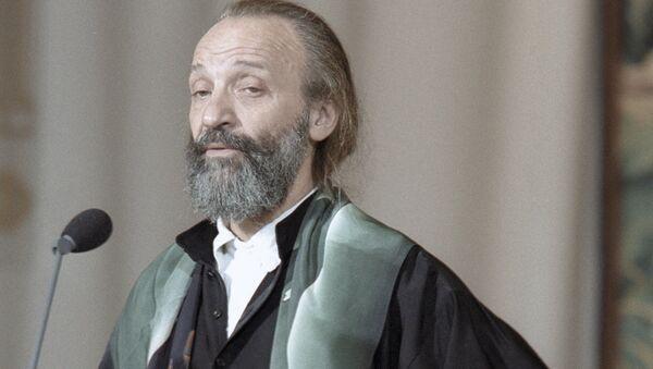 Анатолий Васильев. Архивное фото