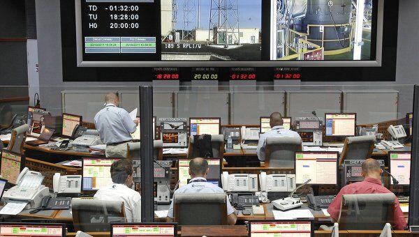 Подготовка к запуску российской ракеты-носителя Союз-СТ с космодрома Куру во французской Гвиане